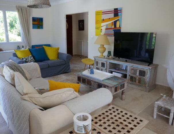 P1030675 605x465 - Villa Retour de plage