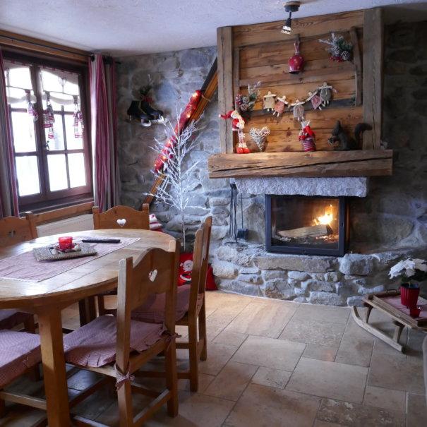 P1020813 605x605 - Chalet Le Mont Joly